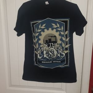 IN THE MIDST OF LIONS BAND TEE